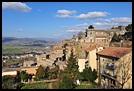 義大利中部幽雅美麗的悠閒小山城